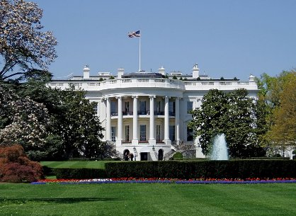 Complace a Casa Blanca plan bipartidista sobre reforma migratoria