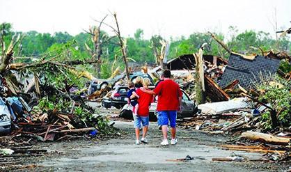 Damnificados por la tormenta Sandy siguen esperando ayuda