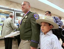 Hispano recibirá Medalla al Valor en California
