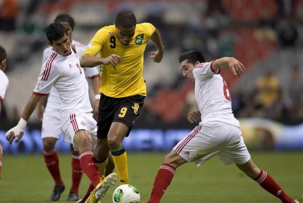 México inicia con empate la eliminatoria
