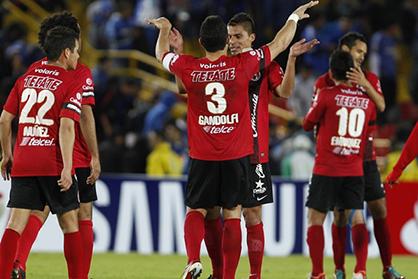 Xolos ganan a Corinthians