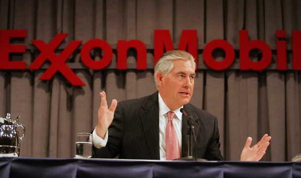 Compensación para Exxon CEO se eleva a $27.2 millones de dólares