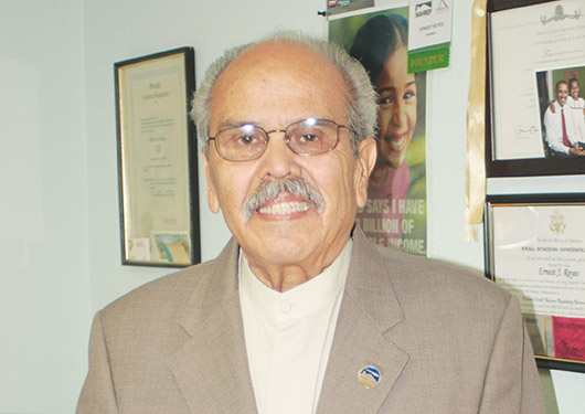 Miembro fundador de NAHREP