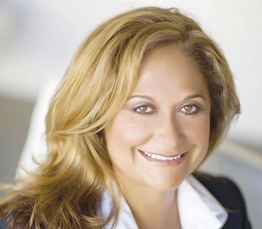 Jerry Brown da nombramiento de Sandra Cervantes