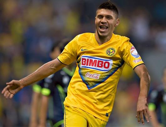 ORIBE no la pasa nada bien ante Chivas, suma malos números