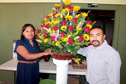 Florería Santos  abre segunda tienda
