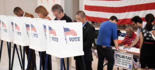 Republicanos arrasan en las votaciones