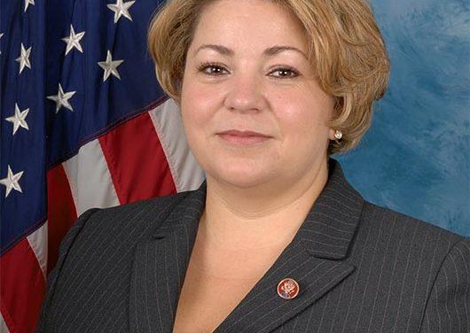 Linda Sánchez nueva presidenta del caucus hispano del Congreso