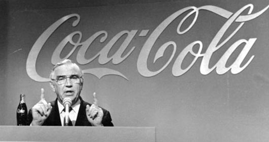 Donald Keough, embajador de Coca-Cola