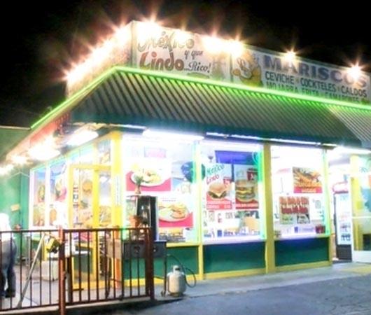 Clientes de restaurante 'México Lindo' atropellan a mesera