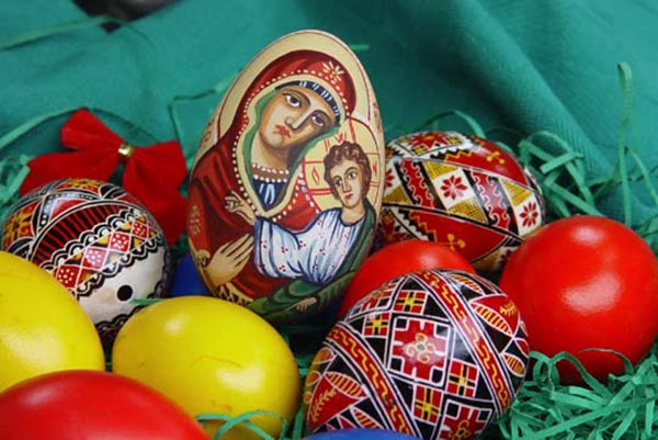 Huevos de Pascua en el Museo de la Herencia de Orange County