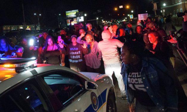 Marcha en N.Y. pide justicia por tiroteos de la policía