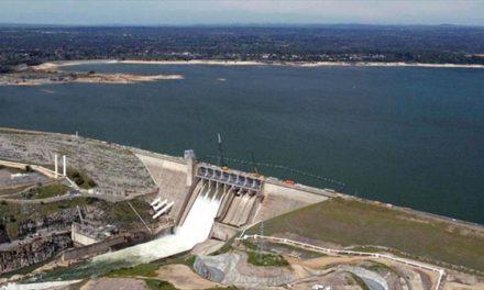 Walmart usa agua de California para embotellar a pesar de sequía