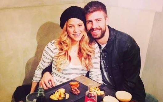 Guerard Piqué baila con Shakira