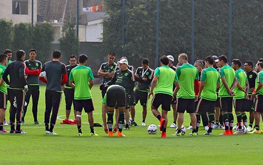 la selección nacional está entrenando en Perú