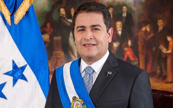 Piden renuncia de Juan Orlando presidente de Honduras