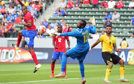 Jamaica y Costa Rica batallaron para un empate