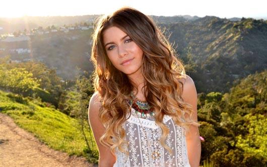 Sofía Reyes actuará en la entrega de Premios Juventud