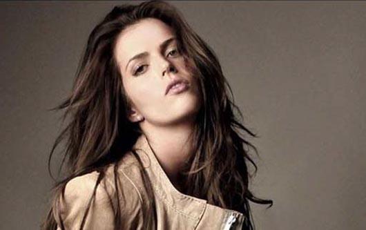 ¿La nueva actriz Claudia Álvarez?