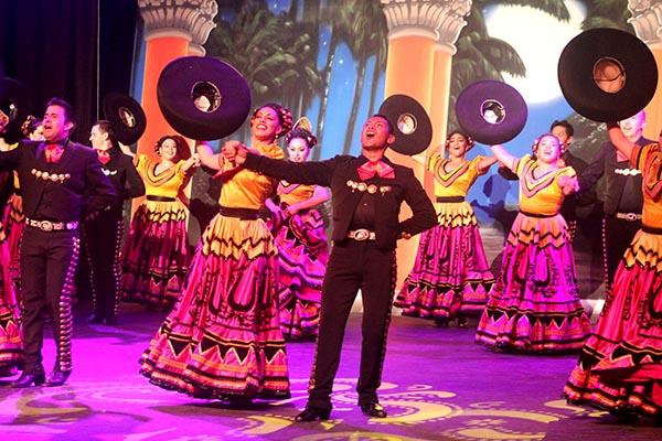 """¡Tremenda presentación de """"Grandeza Mexicana»! en el M3Live Event Center de Anaheim"""