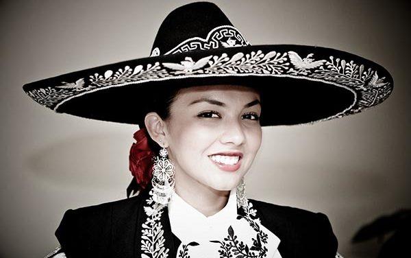 Lupita nieta de Pedro Infante tras su legado musical