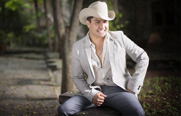 Julión Alvarez recibe dos nominaciones a los Latin Grammy