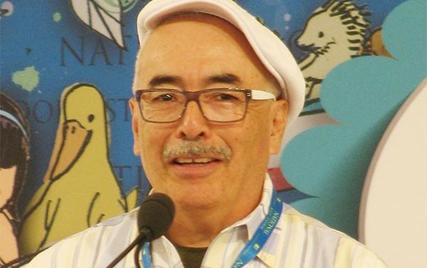 Juan Felipe Herrera primer latino «Poeta Laureado de los E.U.» habló del «sufrimiento de los inmigrantes»