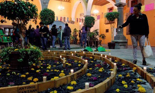 Más allá de la tradición México ofrenda con dolor a sus muertos y desaparecidos