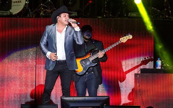 Solo faltan dos semanas: Julión Alvarez en concierto en L Festival
