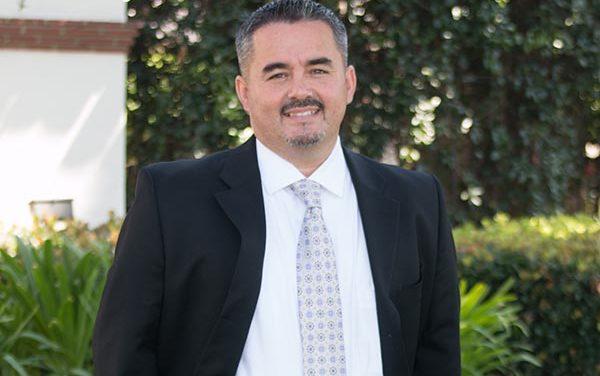 Latino de O.C. nominado por Life & Hope Foundation como Líder del Año