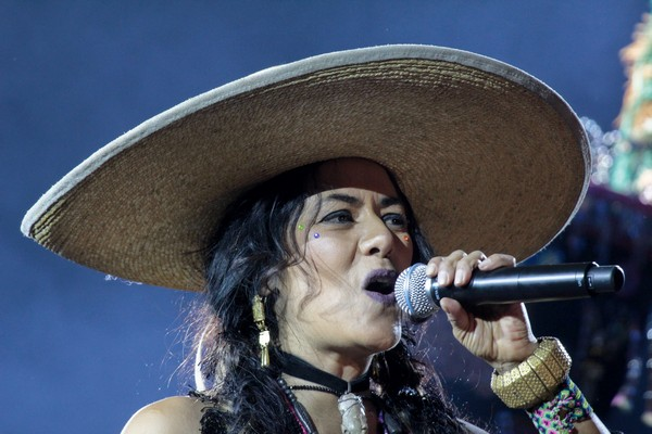 Lila Downs en Hollywood Forever Cemetery