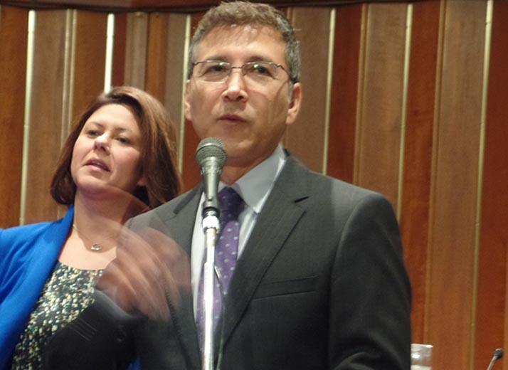 Vicealcalde de Santa Ana Vincent Sarmiento elegido al NewDEAL
