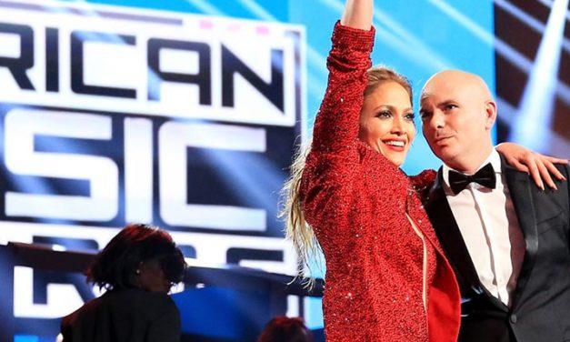 Jennifer López anfitriona de los American Music Awards