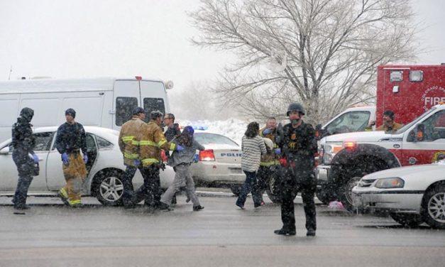 Tres muertos en tiroteo contra clínica en Colorado