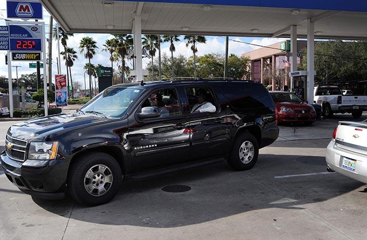 ¿Que por qué la gasolina está barata?