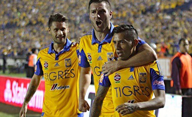 Tigres golea a Pumas 3-0 en partido de ida de la final de Apertura 2015 Liga MX