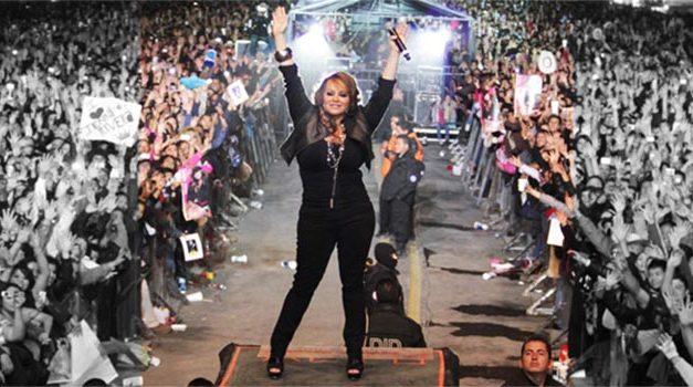 Tercer aniversario luctuoso de Jenni Rivera