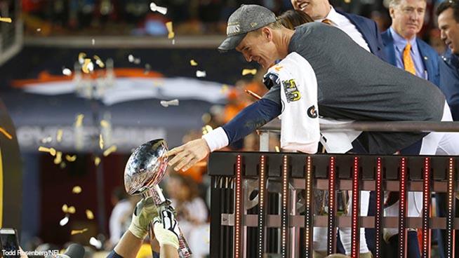 Broncos destrozan a Panthers 24-10 en el Super Tazón #50