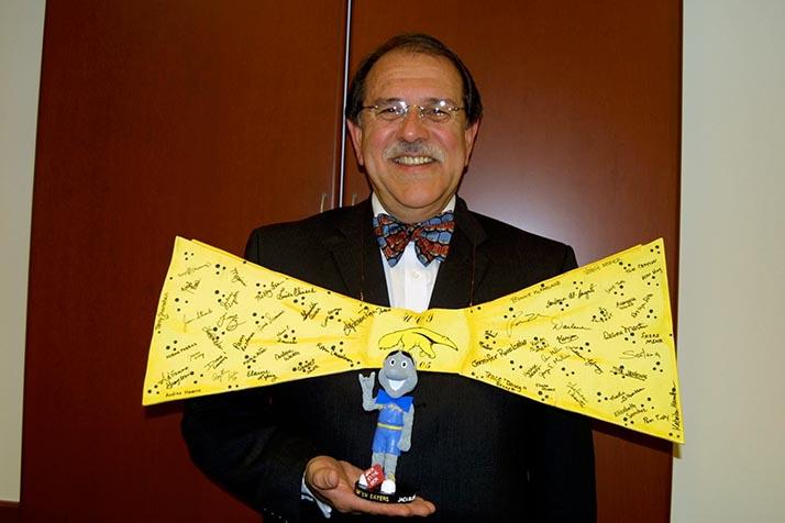 Sensible fallecimiento del Dr. Juan Francisco Lara, campeón de oportunidades educativas para las minorías étnicas