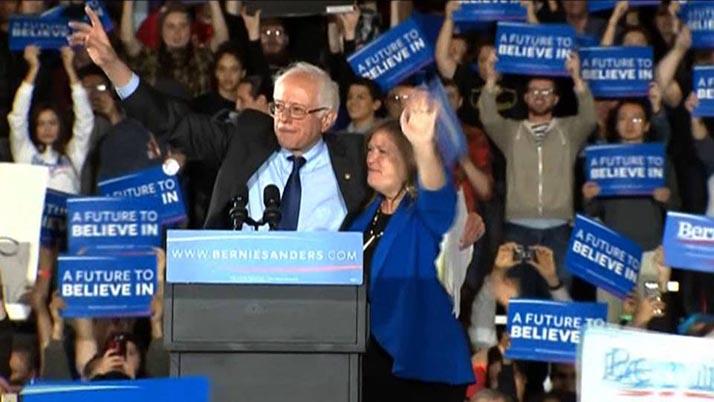 Sanders logra arrolladoras victorias tras ganar por amplia mayoría en Alaska, Hawai y Washington