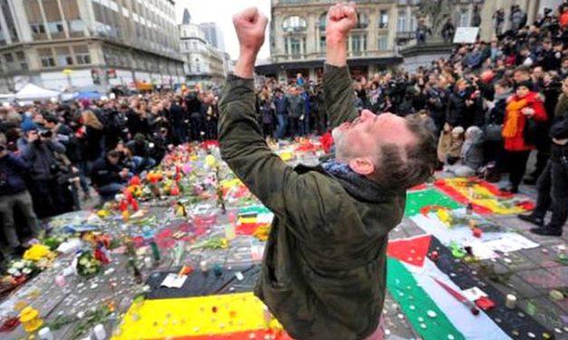 Bruselas de luto con 31 muertos en los atentados; persecución de sospechoso en marcha