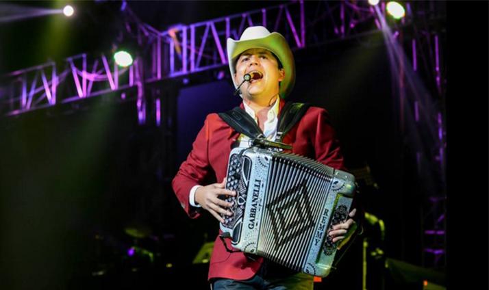 Remmy Valenzuela la sensación en Guadalajara