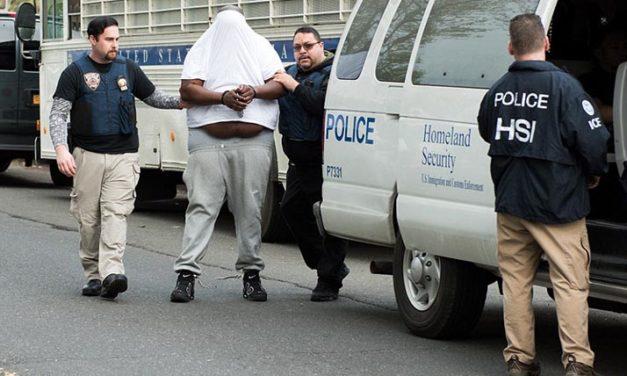 En Nueva York 700 agentes federales y policía llevan a cabo arresto masivo
