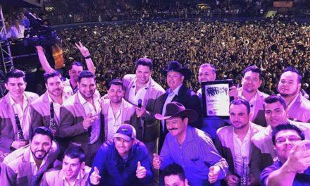 A petición del público: Galería de Banda MS en su presentación en el Sports Arena de Pico Rivera