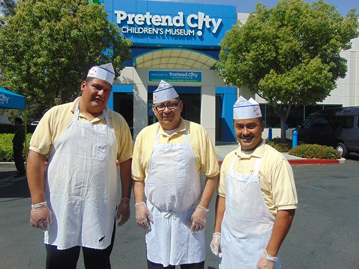 Bienvenida a Taquería de Anda en Pretend City Children's Museum en la ciudad de Irvine
