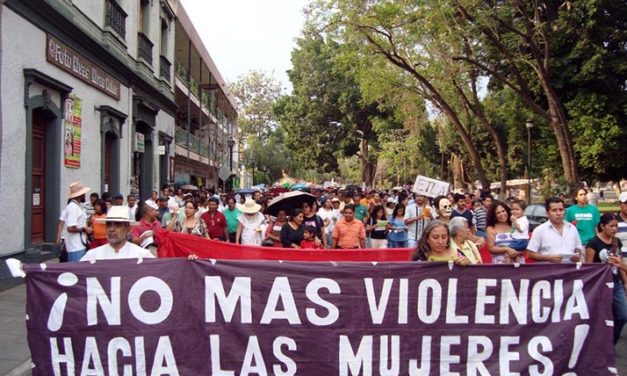 Mujeres en México marchan contra el machismo