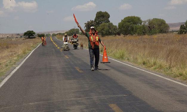La delgada línea amarilla abre el Festival Hola México 2016