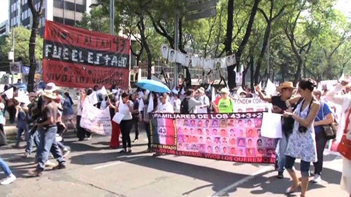 En México y E.U. honran en el Día de la Madre a mujer e hijos desaparecidos
