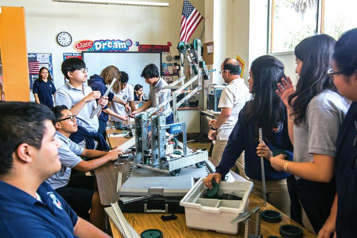 Magnolia Public Schools ofrece talleres para ayudar a los padres de familia a entender las opciones de educación disponible para sus hijos