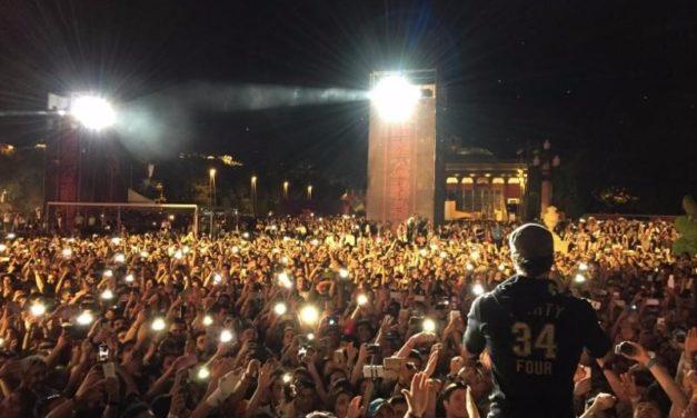 Enrique Iglesias termina con un lleno total en su gira Sex and Love Tour en Baku